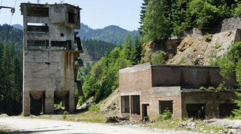 Góry Marmaroskie – ruiny kopalni na początku Baia Borsa