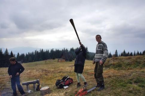 Polana Krawcula, tętniące szałasowe życie , to długie to trombita